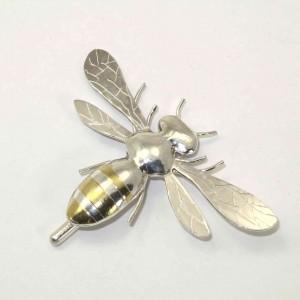Bee 2 1078