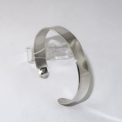 Wide, thick, man's silver bracelet