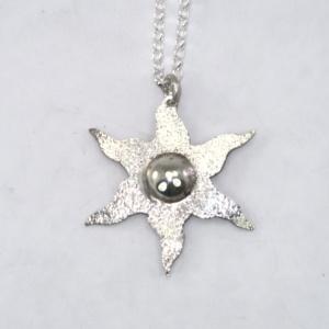 Silver estoile pendant - sparkly