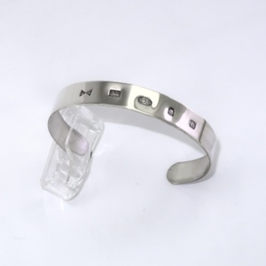 Sterling silver featured hallmark bracelet dated 2019