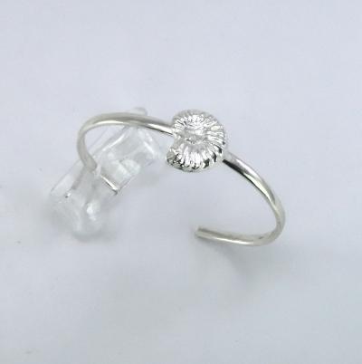 Single silver ammonite bracelet